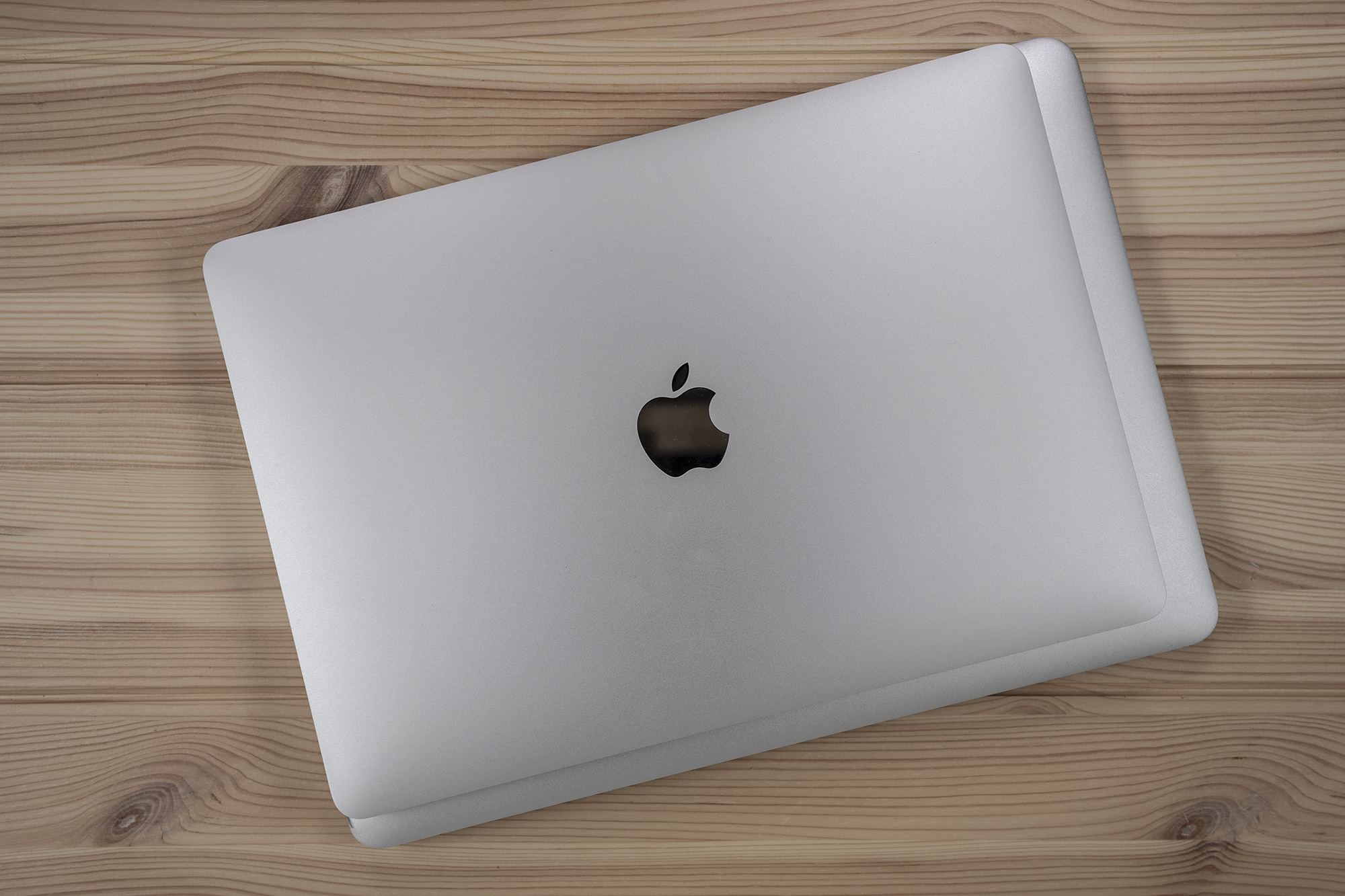 MacBook Air overhead